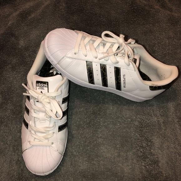 wholesale dealer 3cda7 55e13 Adidas Superstar (Camo)